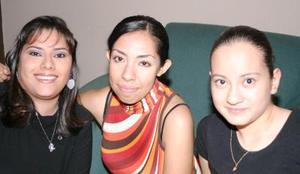 Rosal Juárez, Rocío Gaytán y Laura Lesprón.