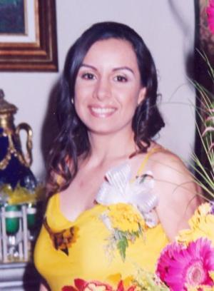 María Eugenia Favila Tinoco, feliz en su despedida.