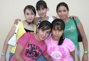 Estefanía Álvarez, Sandra Duarte, Mónica Alba, Ilse Orozco y Ana Tere Ramos.