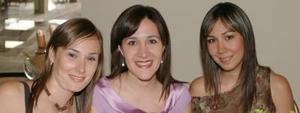 Rosa Carmen de Torres, Adriana de Pámanes y Rosario de Pérez.