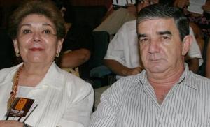Artemiza y Ramón Helguera.