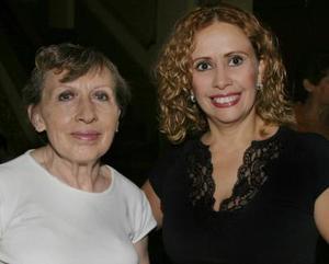 Sonia de López y Magy Casale.