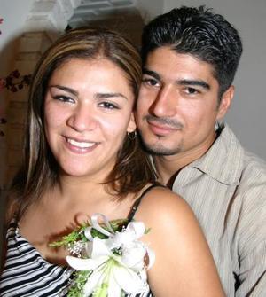 Perla Cinthia Sánchez López y Raúl Bolívar contraerán nupcias el próximo 24 de septiembre.
