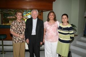 Ángeles Balcázar, el maestro Heinrich Pfeiffer, Velina de Murra y Leticia Gómez.
