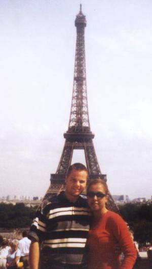 Thomas Bollbuck y Rocío aguilar, en la Torre Eiffel de París.
