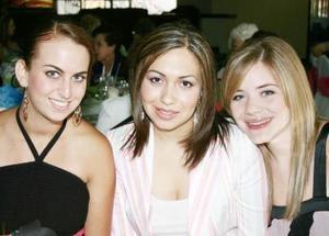 <u><i> 17 de Agosto </u></i><p>  Marytere Martínez, Magda Navarro y Sofía Zarzar.