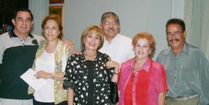 Ignacio y Marilú Meneses, Alfonso y Lily Amador y José y Susy Ortiz.
