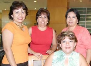 Bety de Campos se la pasó muy feliz en su cumpleaños, la acompañaron sus amigas rosy de Gallegos, Aracely de Ávila y Martha de Carson.