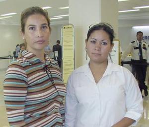 Isabel Escobedo y Érika García viajaron a la ciudad de México