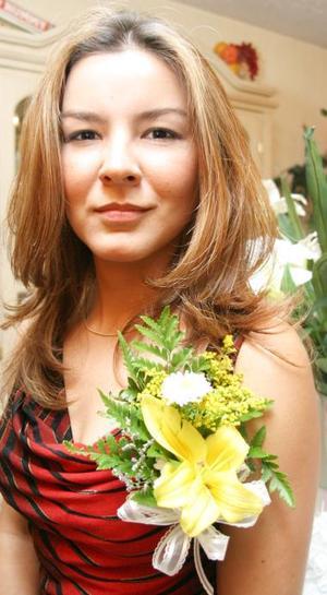 Ana Lucero Santillón Cruz, en su despedida de soltera.