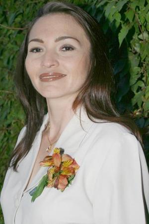 María del Carmen Ramos,  captada en su despedida de soltera.