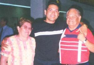 <u><i> 20 de Agosto </u></i><p>  Graciela de Rivera, José Luis Ruiz Rivera Cháirez y Francisco Javier Rivera Lara.