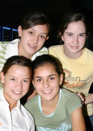 Mariana Bejarano, Gimena de la Fuente, Ale Serna y Andrea Bustamantes.
