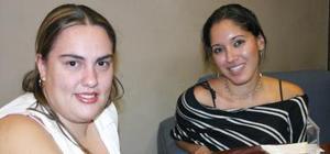 Pricila Santacruz y Paulina tovar.