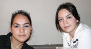 <u><i> 20 de Agosto </u></i><p>   Zary Rivera y Lore Ramos Yáñez.