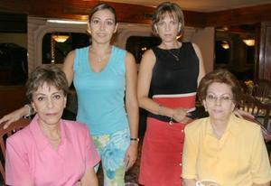 <u><i> 20 de Agosto </u></i><p>  Vanesa González de Tamayo, Desdémona de González, Gloria H. de Ruiz y Marcela Humphrey.