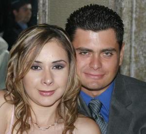 Ricardo Aguiñaga y Lorena ávila.