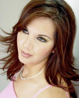 C.P. Sandra Luz Delgadillo Lomas captada en una fotografía de Estudio LOFT.