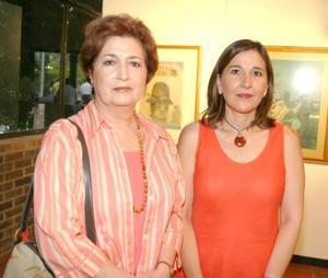 María Matilde Valdés y Mónica Bernal de Martínez.
