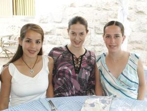 <u><i> 22 de Agosto </u></i><p>  Claudia de Garza, Claudia de González y Lizeth de Helguera