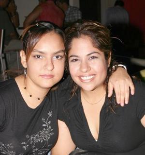Karla Jáuregui Castillo y Lorena Raygoza Echávarria.