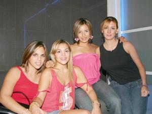 Rina Gilio, Jessica Rodríguez, Elizabeth Tinoco y Angie Villarreal.