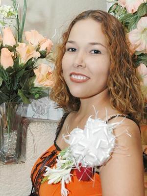 Nadia Grisel Rodríguez Calamaco, captada en su despedida de soltera.