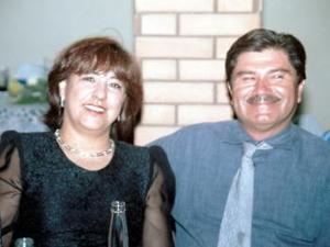 Isolda Rodríguez de Jiménes y Mario Jiménez, en pasado acontecimiento nupcial.