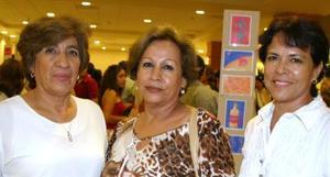 Consuelo Carrillo, Ermelinda Rodríguez y Georgina Valdivia.