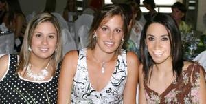 Selina S. de Pérz, Irene Karam de Fernández y Sofía Soltero.