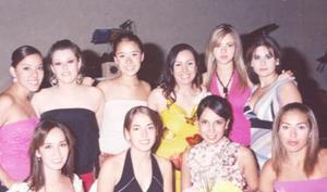 L Mey Lain, Jourdana, Berenice, Yunué, Fabiola, Gabriela, Sofía, Ana Cristina y Éricka, acompañaron a María Eugenia Favila Tinoco en su despedida.