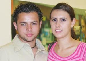 Iván Muñoz y Farah Zaur.