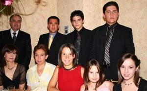 Patricia Galán, Begoña de Galán, Begoña de Sada, Paty Tatay, Alejandra Galán, Max, José, Alex y Max Tatay.