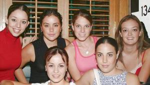 Susu Luna, Marifer Luna, Ana Villy Estrada, Cristy Algara, Daniela Martínez y Paty Villarreal.