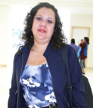 Con destino a la Ciudad de México voló el día de ayer, Lourdes Rodríguez.