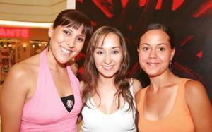 Brenda de Haro, Deneb de Nohra y Cecy Bustos.