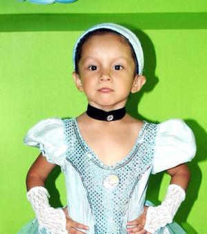 Daniela reyes cumplió cuatro años y los festejó, con una divertida fiesta infantil.