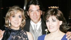 Lourdes de Ramos, humberto Ramos y Ruth de Ramos.