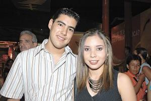 Rafael Pacheco y Rosy Banuel