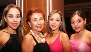 Alicia, Fernanda, Marcela y Alicia Jaime.