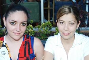 Claudia Leal Motola y Alejandra Álvarez Garza.