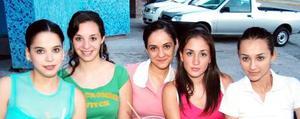 Balnca, Alicia, Lorena y Ana.