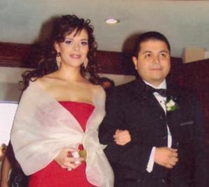 <u><i> 29 Agosto de 2004 </u></i><p>  Claudia Morales de Olmos y Eduardo Olmos Castro.