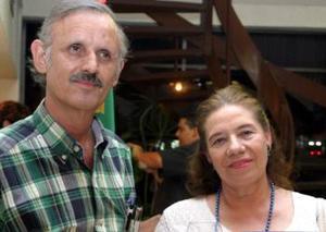 Santiago García y María Mercedes de García.