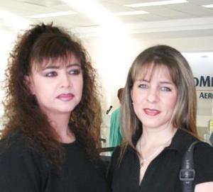 <u><i> 31 de Agosto </u></i><p>   Lorena de la G. de Elósegui y Elisa de la Garza, viajaron a la Ciudad de México para visistar a sus familiares..jpg
