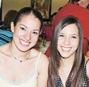 Brenda Domínguez y Mariana de Robles.jpg
