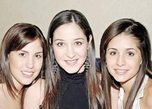 Gaby de Obeso, Vicky de Ibargüengoytia y Luzma de Nahle.jpg