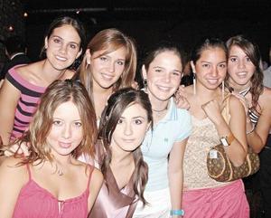 Karina, Carmina, Mariana, Regina, Carla, Marcela, y Ana Gaby