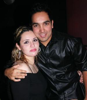 Gerardo Maldonado y Karime Salmón.