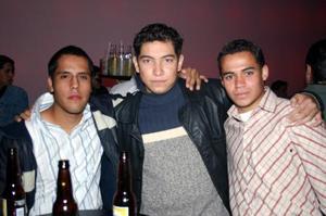 Luis Chavarria, Enrique Hermosillo y Jonathan Barrios  Salinas